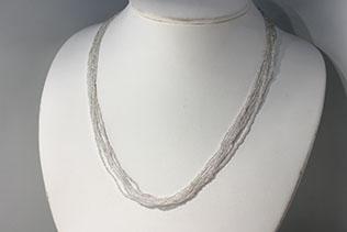 Collier En Perles De Conteria Couleur Argent