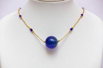 Collier fine conteria et perle bleue cobalt