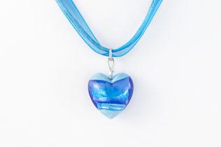 Pendentif Coeur Bleu Azur Clair Ruban Rose Et Bleu