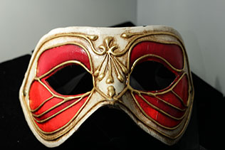 Masque De Venise Colombina Monica Rouge Blanc Et Or