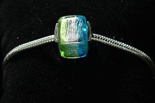 Perle Carrée Vert Et Bleu