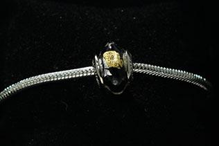 Perle Losange Noir
