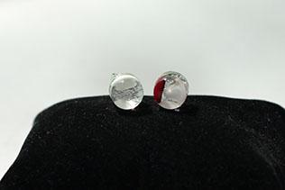 Boucles d'oreilles Clou Blanc Et Rouge